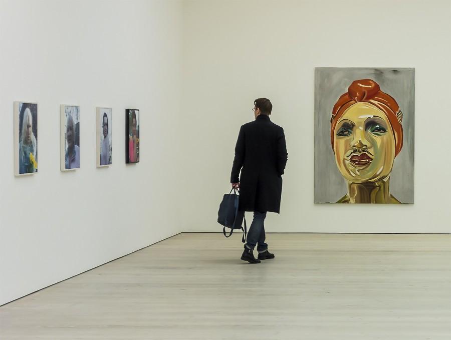 Sadie Nicholls. - The man in the gallery
