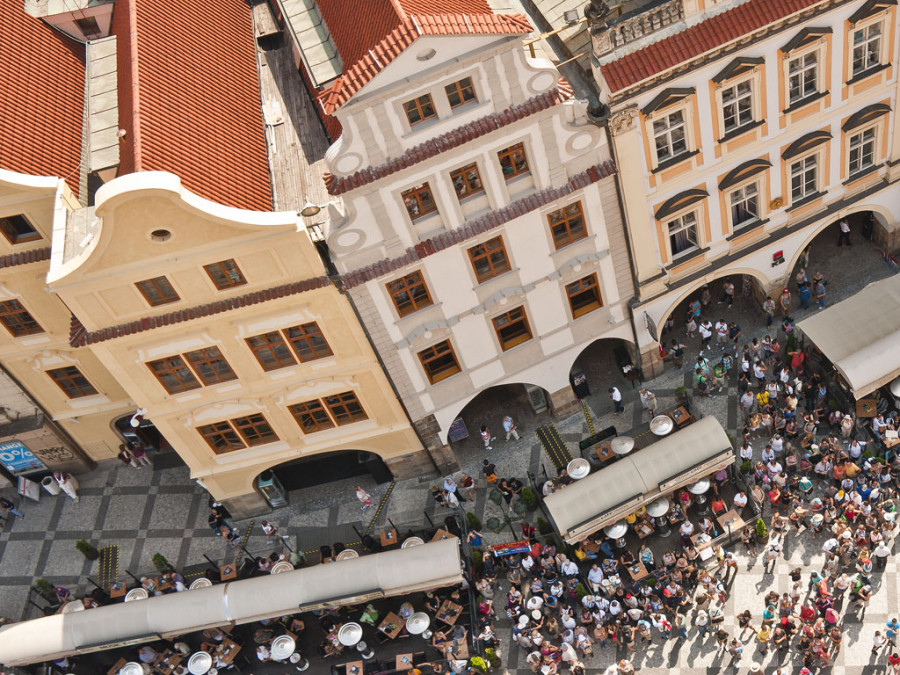Ian Nicholls - Prague Old Market Square