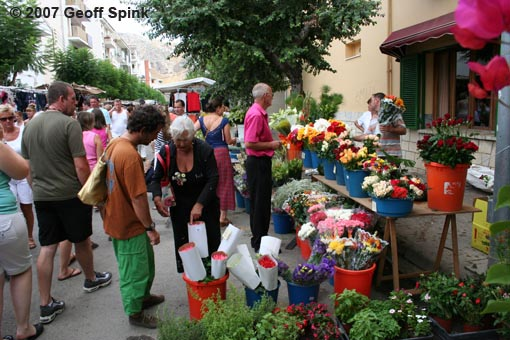 Geoff Spink - Market Day In Mallorca